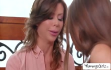 Alexis Fawx and her stepdaughter Gia Derza fucks on bed